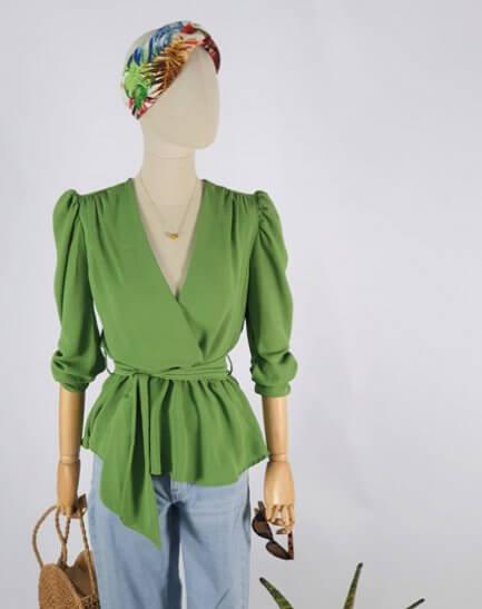 Blusa cruzada Verde con lazo